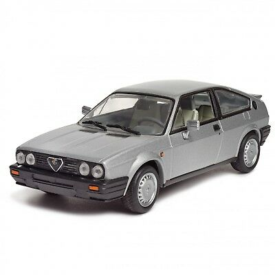 Alfa Romeo Sprint Quadrifoglio Verde 1:43  New in Box Diecast model Car