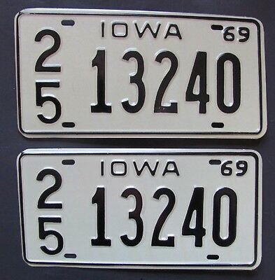 1969 Iowa car license plates NEW PAIR