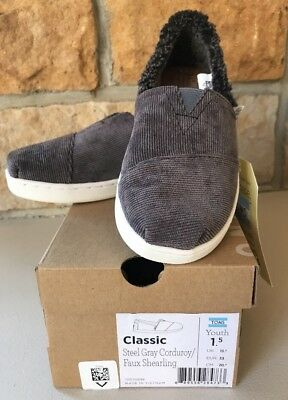 6db3cc068a1dc5 NIB Girls TOMS Classic Steel Gray Corduroy Faux Shearling Shoes YOUTH Size  1.5