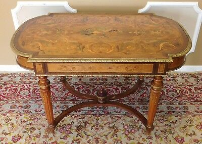 Mid 20th Century Renaissance Revival Style Walnut French Inlaid Center Table