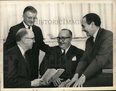 1967 Press Photo Presbyterian Church officials meet at synod in New York