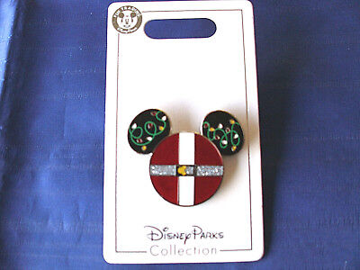 Disney * MICKEY EARS ICON - SANTA SUIT & LIGHTS * New on Card Holiday Pin