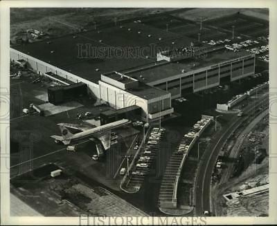1967 Press Photo Pan American World Airways' freight terminal, New York