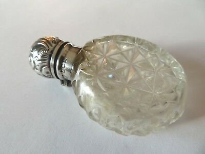 Beautiful Antique Cut Glass & Silver Scent / Perfume Bottle Hallmarked 1902