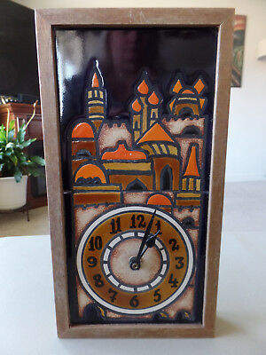 Working Vintage C-Battery Japan Clock Ceramic Castle in Wooden Frame GVC