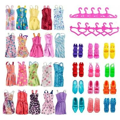 30 Dolls Set Pieces Barbie Doll Dresses Shoses & Hangers Clothes Set UK Free P&P