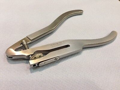 Hu Friedy Rubber Dam Punch RDP Dental Tool