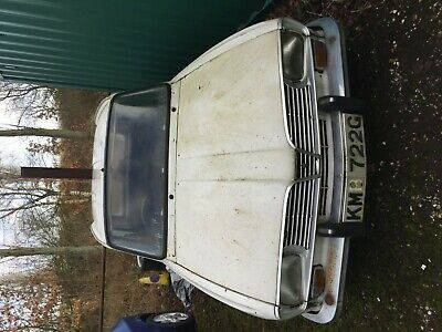 1969 RENAULT 16 GL. Rare RHD and a 50 year old classic project.