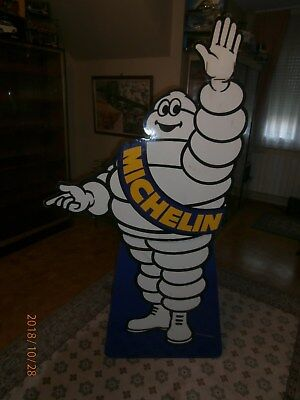 Presentoir Michelin