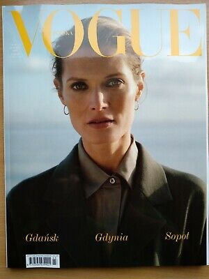 VOGUE Poland, MARCH 2019 / 3/2019 Polish Top Model MALGOSIA BELA on front cover