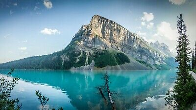 Digital Picture Image Photo Wallpaper Desktop Screensaver Lake Louise Mountains