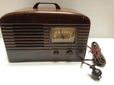 Vintage 1940s Packard-Bell Stationized Radio Wooden with handle Works!