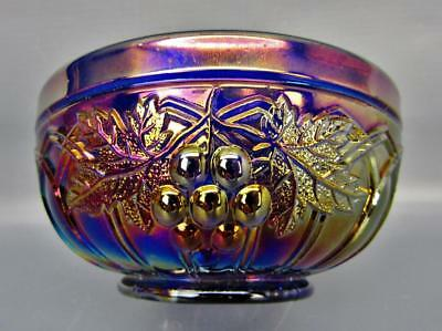 """Northwood GRAPE & GOTHIC ARCHES Blue Carnival Glass 4½"""" Round Berry Bowl 6073"""