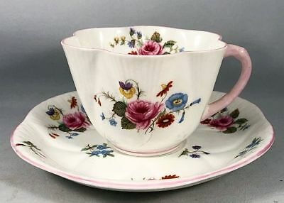 """Shelley Bone China """"Rose & Red Daisy"""" Dainty Pink Tea Cup & Saucer"""