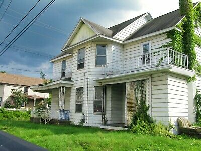 4 bedrooms 2 bathrooms house with office & porch PA NY NJ NH VT CT DE FL MN NC