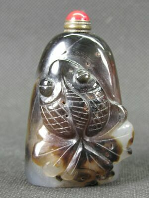 Chinese Goldfish Handwork Carved Natural Black White Agate Snuff Bottle