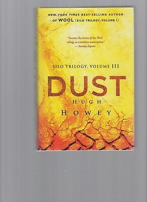 HUGH HOWEY - Dust (1st edition) SIGNED by author