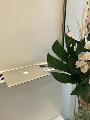 """Apple MacBook Air 13.3"""" Laptop Silver In Near Perfect Condition Without Charger"""
