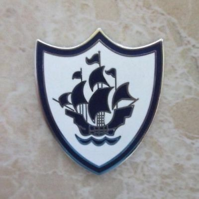 Blue Peter Classic White Enamel Pin Badge | Novelty Childrens Bbc School Kids Tv