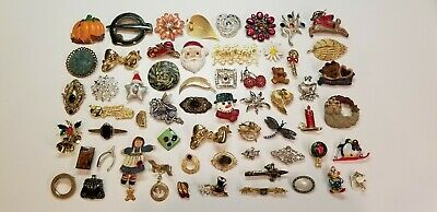 Huge Lot Vintage Now Brooches Pins 60 PCS Rhinestone Flowers Xmas Mixed Variety