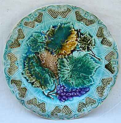 Bunch Vine Leaves Grapes French Decorative Plate Sarreguemines 1890