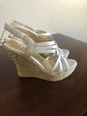 a2c07aa30f NEW GUESS WEDGE Sandals White Leather-GWASILA 2 - Women's Size 6 ...