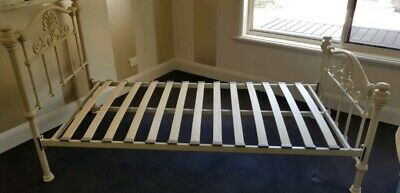 Single Bed Cast Iron Frame - Antique White In Great Condition