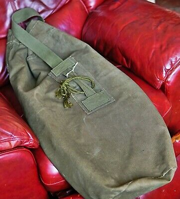 733d876869 Army Canvas Olive Green KIT BAG - British Army Military - well used 1970s  kit