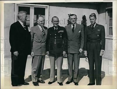 1953 Press Photo Subcommittee on Real Estate & military construction in France.