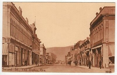 THE DALLES OREGON PC Postcard SECOND STREET OWR&N RR Pacific Novelty ORE OR
