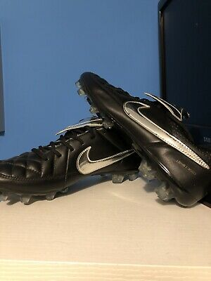 newest 8f622 90bda NIKE TIEMPO LEGEND V Totti limited edition