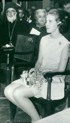Queen Anne-Marie of Greece attends the course at KFUK in Athens - Vintage photo