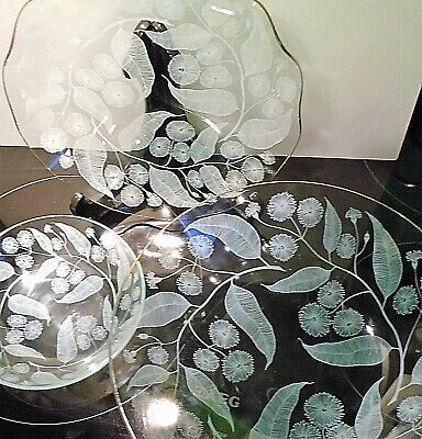 Collection Of 3 Pieces Of Iconic Vintage Chance Glass Calypto Pattern Tableware.