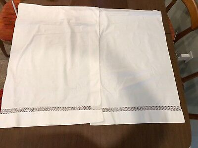 "ANTIQUE Victorian IRISH  LINEN Hand TATTED LACE Inserts  2 PILLOWCASES 21"" x 30"""