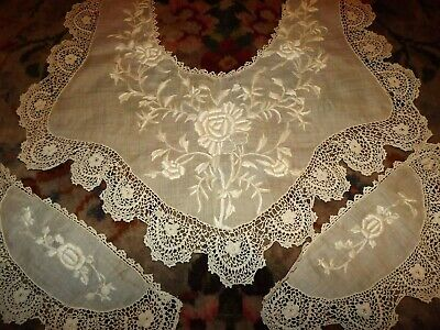 ANTIQUE  /VINTAGE Embroidery on Batiste IRISH Crochet Lace COLLAR & CUFF SET LGE