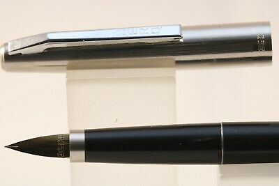 HERO No 1515 Lacquered Black Fine Fountain Pen with Chrome Trim