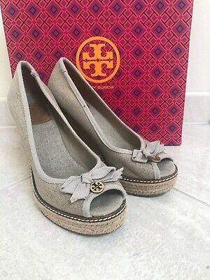 a9d8b784a Tory Burch Wedges Size 8 Beige Jackie Canvas Espadrille Peep Toe Pumps Bow