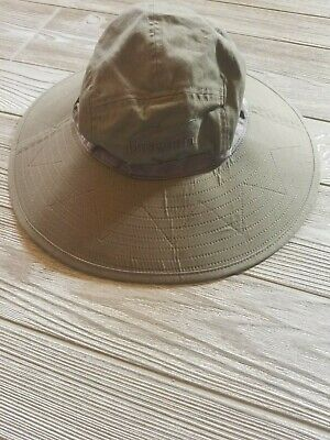 01e83a5c9e4c2 Patagonia Sun Booney Hat Size M Olive Green Fly Fishing Flexible Wide Brim