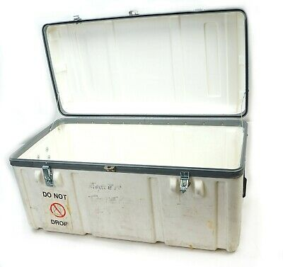 Parker Hard Plastic Shipping transit Case 28x15x14.5 white with handles