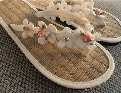 50fa79b2c LADIES STRAW WEDDING Flip Flops White Heart Lace   Sparkles - £13.50 ...