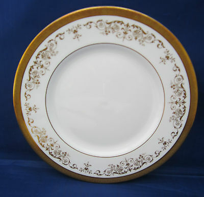Salad Plate Royal Doulton BELMONT H4991 Encrusted Gold Scrolls Leaves A++