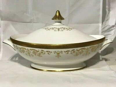Royal Doulton Belmont Covered Vegetable Bowl H4991 Made in England