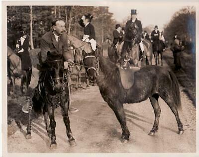 Sommerford Common Cat at a Hunt Meet Hunting chasse à courre Old Photo 1932