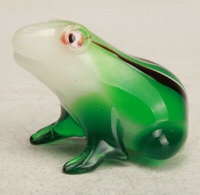 Precious Chinese Coloured Glaze Hand Arved Frog Statue Collection Decoration
