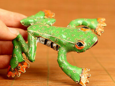 Fortune Chinese Old Green Cloisonne Hand painting Carved Frog Statue Figure