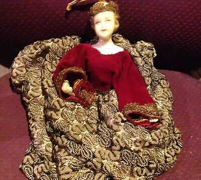 Vintage Wax doll of a QUEEN