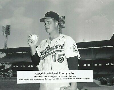 Hoyt Wilhelm Baltimore Orioles June 24, 1959 at Chicago Comiskey Park 8x10 Photo