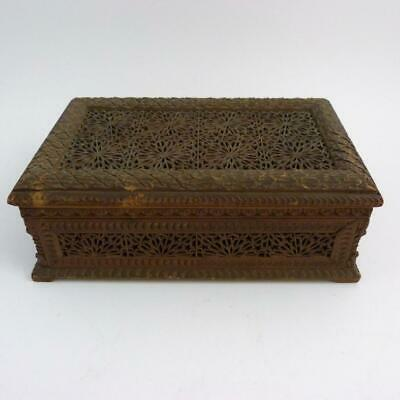 19th CENTURY ANGLO INDIAN PIERCED SANDALWOOD JEWELLERY BOX