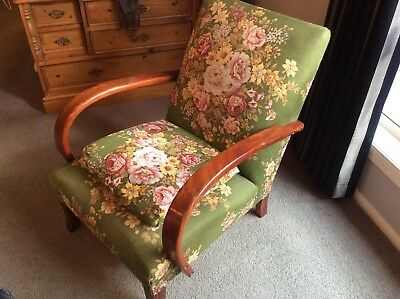Lovely Design Vintage Antique Chair  Occasional Chair Bedroom Chair - Melb