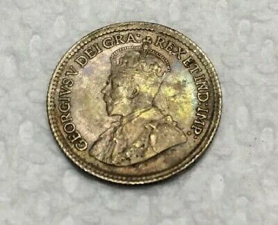 Nice 1919 Canada 5 Cents Silver Coin